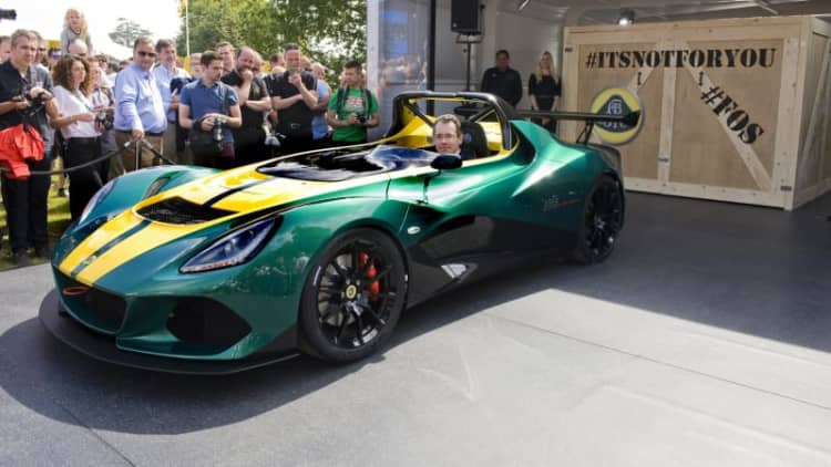 Lotus CUV sets sights on Macan