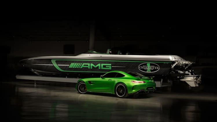 Mercedes-AMG and Cigarette built the 3,100-hp AMG GT R of boats