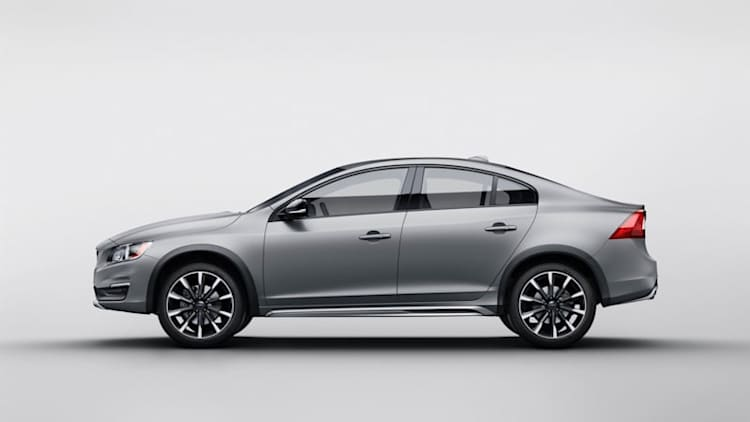 Volvo to sell S60 Cross Country in America in limited numbers