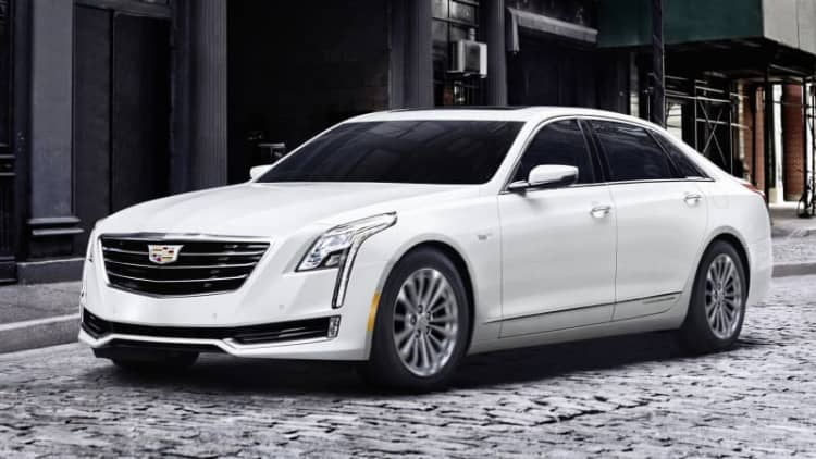 2017 Cadillac CT6 Plug-in Hybrid is the most efficient and torquey CT6 of all