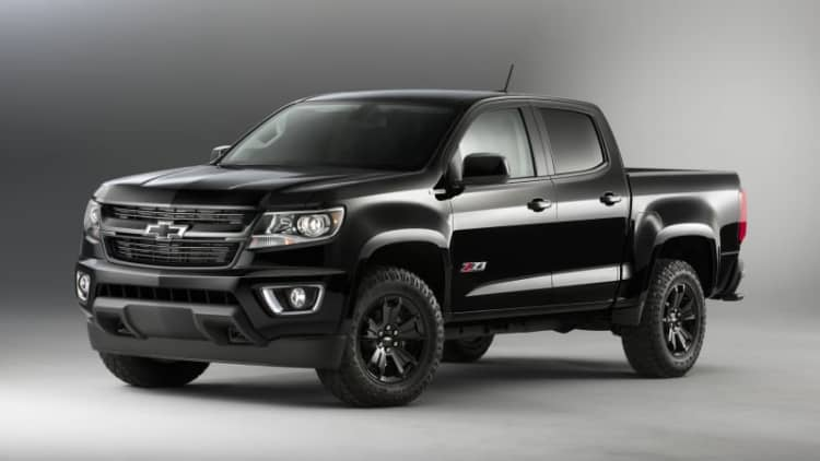 Chevy brings back Midnight Edition Colorado and Silverado for 2016