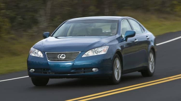 NHTSA may investigate new Toyota unintended acceleration case