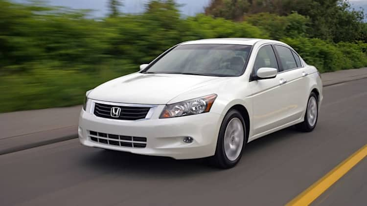 Honda recalls 304k Accords for sudden side-airbag deployment