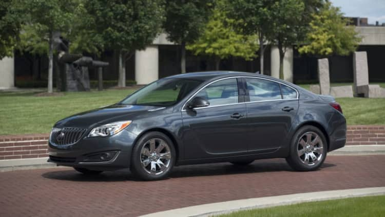 Buick lowering base prices on Regal, Verano