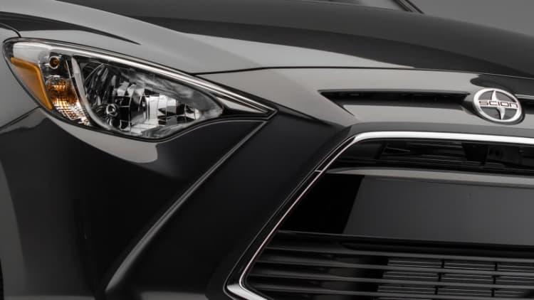 Scion previews new iA sedan, iM hatch ahead of New York debut