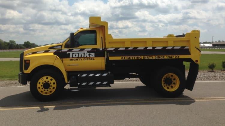 We drive the 2016 Ford F-750 Tonka dump truck