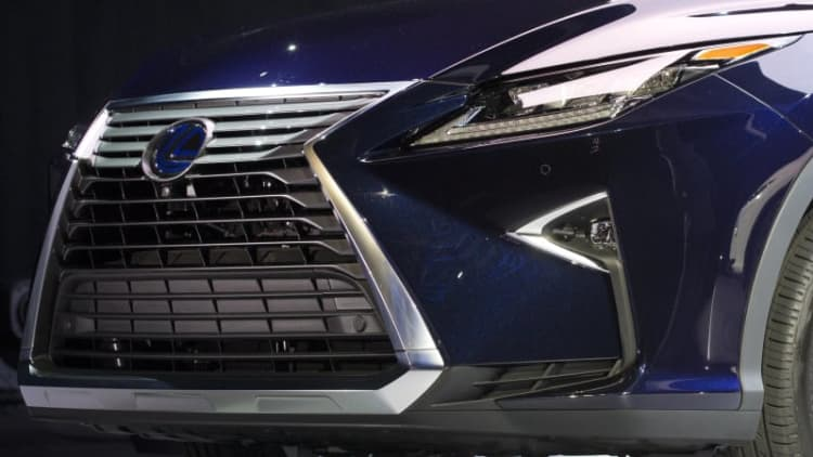 Toyota's hydrogen fuel cell Mirai isn't good enough to be a Lexus