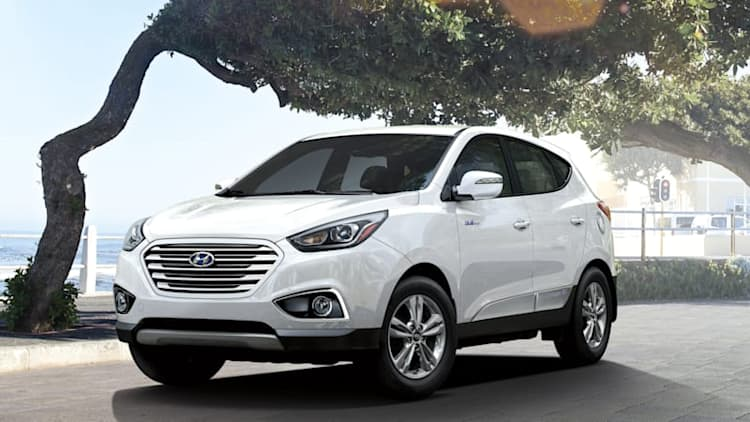 Hyundai leased 70 Tucson fuel-cell vehicles in first year