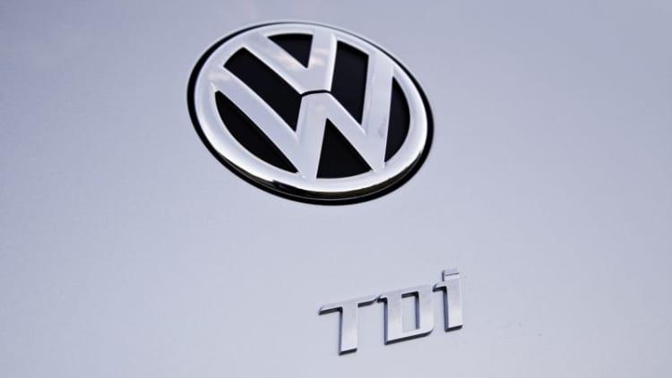 Which will Dieselgate hurt more, Volkswagen or US diesels?