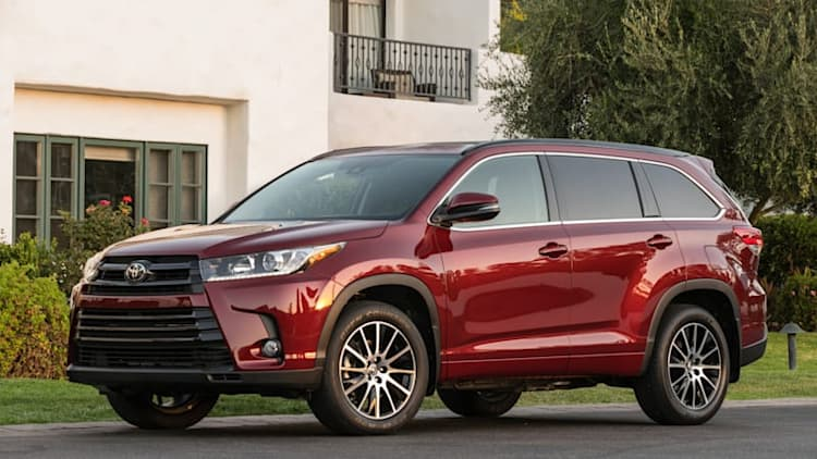 Crossover sense and sensibility | 2017 Toyota Highlander Quick Spin