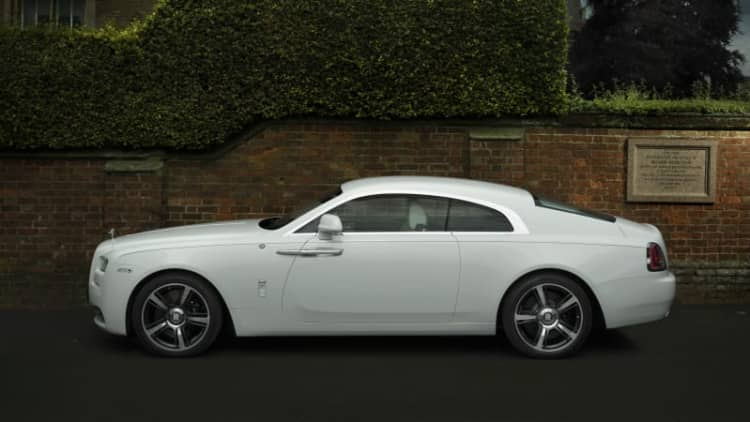 Rolls-Royce celebrates History of Rugby with special Wraith