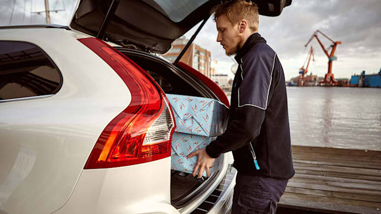 Volvo launches in-car package delivery service in Gothenburg