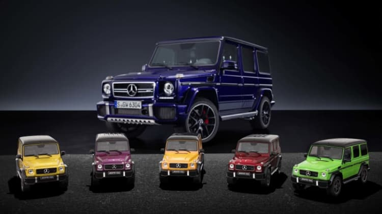You need a 1:18 'crazy color' G-Class model