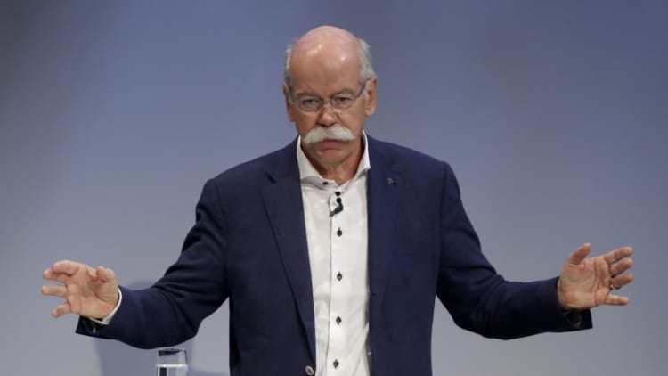 Daimler chairman agrees with German Greens on reducing emissions