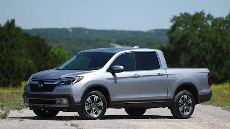 Watch us put the 2017 Honda Ridgeline through its paces