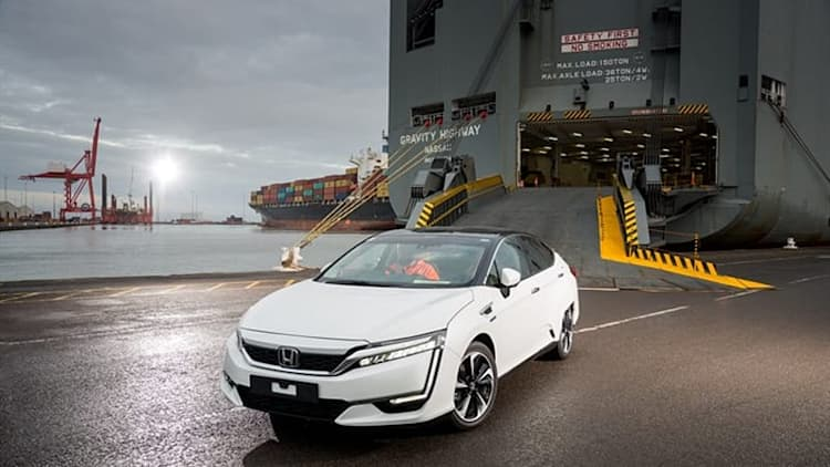 Honda Clarity Fuel Cell vehicle ready for HyFIVE in Europe