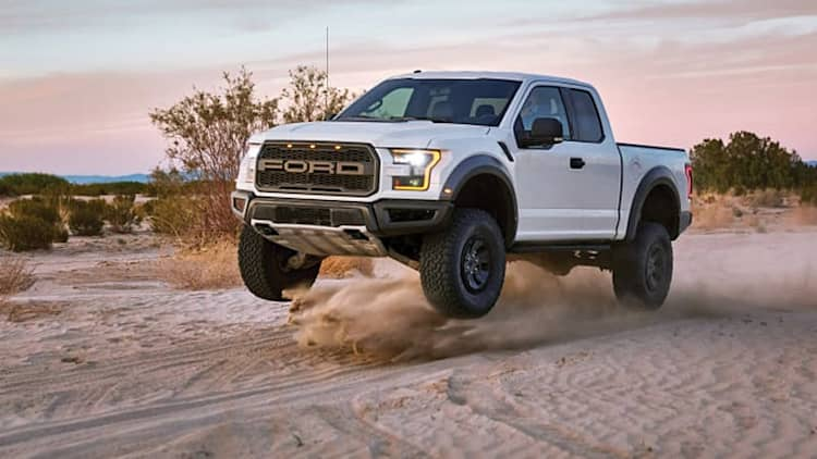 King of the wasteland | 2017 Ford F-150 Raptor First Drive