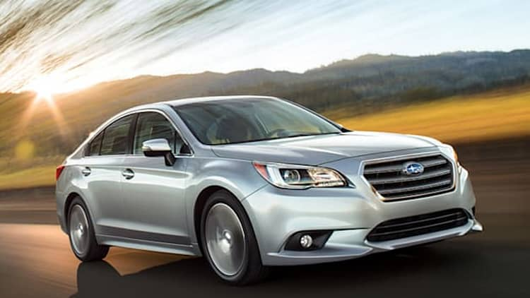 2015 Subaru Legacy, Outback crash their way to IIHS Top Safety Pick+ ratings [w/video]