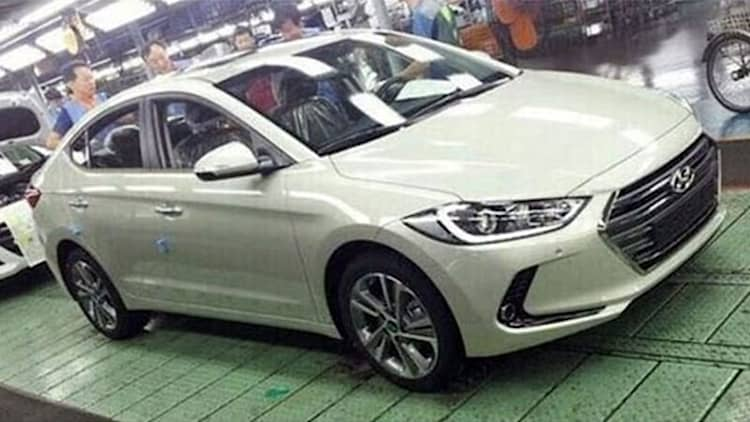 2016 Hyundai Elantra spied uncovered