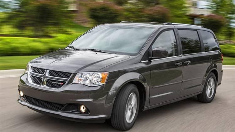 Chrysler's next-gen minivans will get more expensive