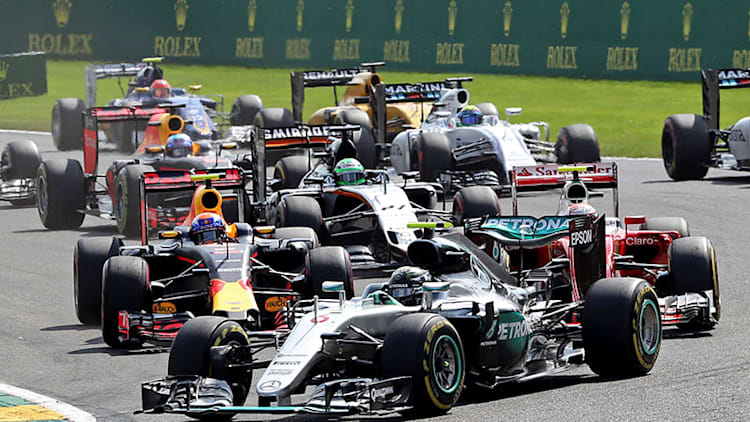 Race recap: 2016 Belgian Grand Prix is a dozen angry laps