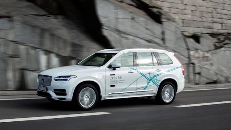 Volvo aims to sell autonomous vehicle by 2021