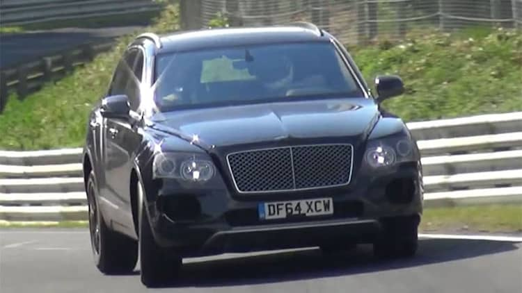 Bentley Bentayga flops around on the 'Ring