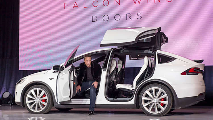 Tesla unlikely to reach 2015 delivery target of 50,000 EVs