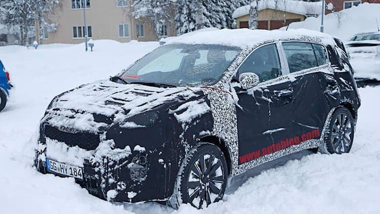 New Kia Sportage shots give first glimpse of interior