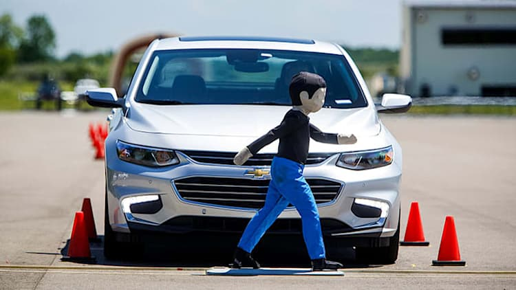 Chevy's low-cost pedestrian avoidance to debut on 2016 Malibu