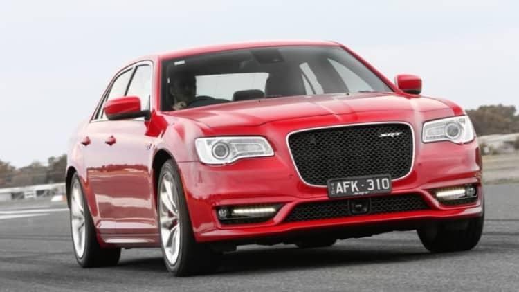 Chrysler 300 SRT dead in US, updated elsewhere
