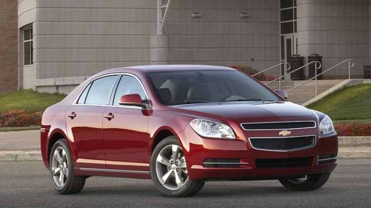 GM recalling 521,817 cars in two campaigns