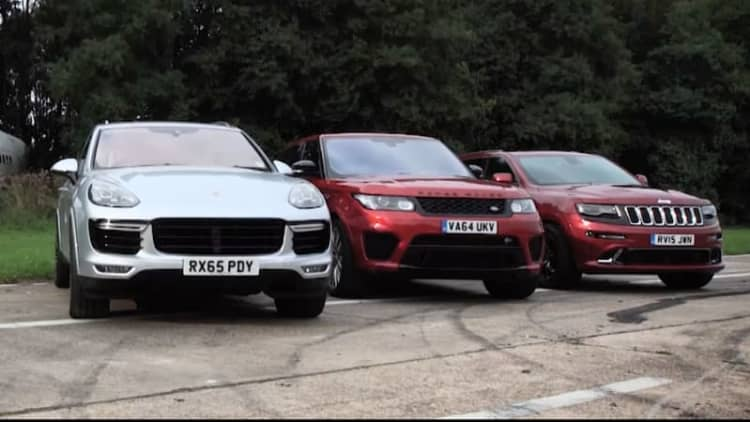 Watch a Cayenne Turbo S, Range Rover SVR, and Cherokee SRT drag race