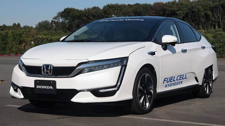In deep with a hydrogen vehicle expert: 'There is something different this time'