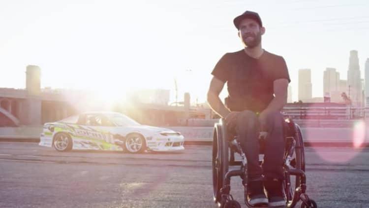 Rob Parsons, paraplegic, can drift better than you