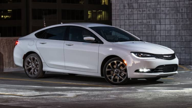 26k Chrysler 200 models recalled over parking woes