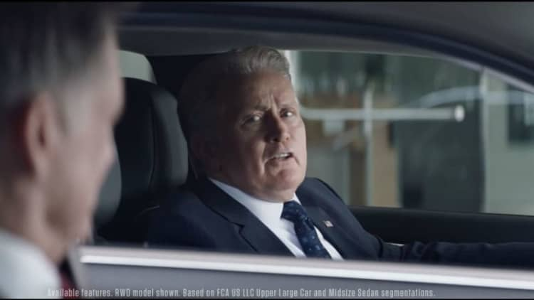Chrysler gets presidential in ads for 200 and 300