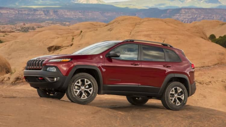164K Jeep Cherokees recalled to protect liftgate from moisture