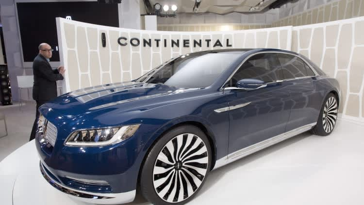 A Trip Through Lincoln Continental History