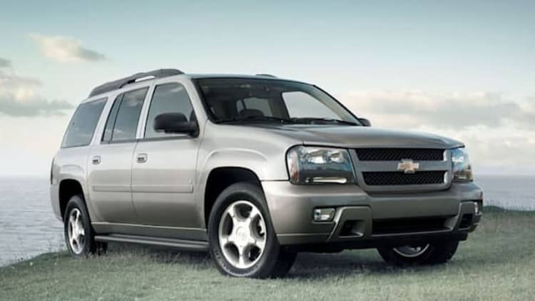 GM SUV window switch recall urges owners to park vehicles outside