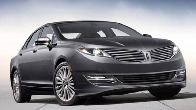 Lincoln bringing in MKZ Hybrid over rollaway risk