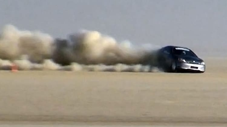 Watch this LSR Honda Insight crash at 190 mph in the desert