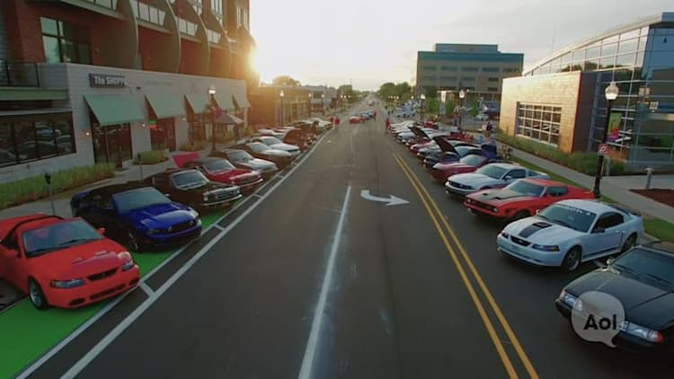 Car Club USA: Mustang Alley