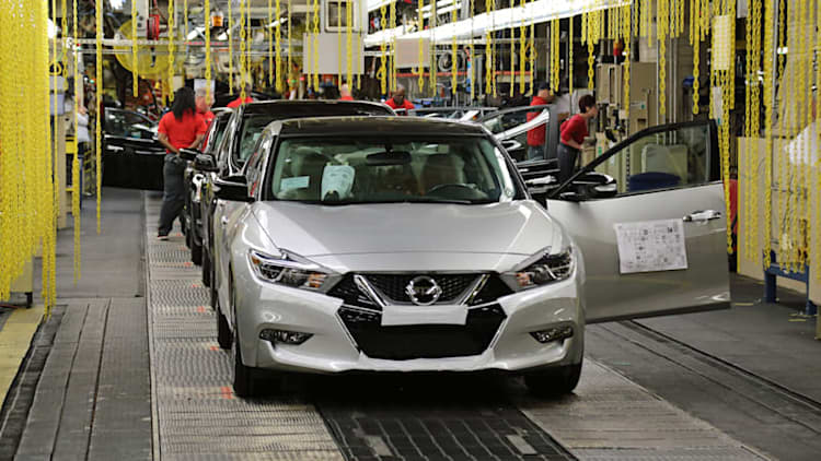 2016 Nissan Maxima launches production in Tennessee