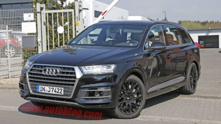 Audi SQ7 spied for the first time