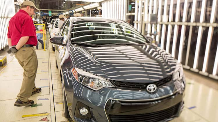 Toyota builds its 500,000th Corolla in Mississippi