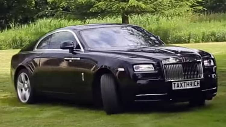 Rolls-Royce starts a turf war in the Garden of Wraith