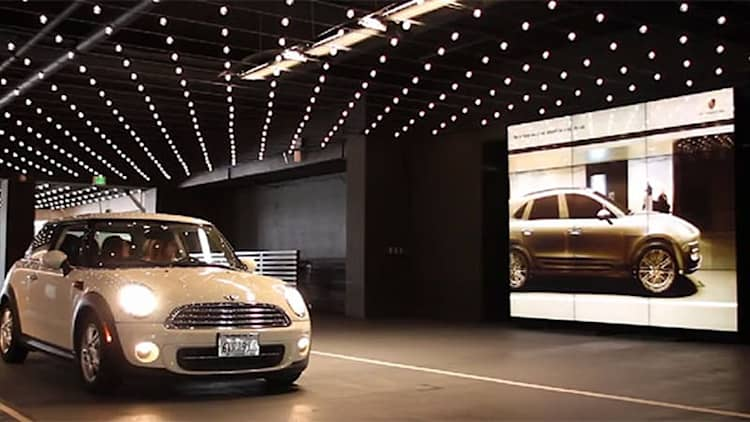 Porsche's high-tech 'mirror' turns every car into a Macan