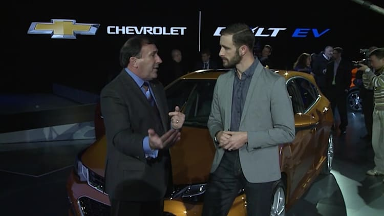 Interview with General Motors NA President Alan Batey | 2016 NAIAS Live