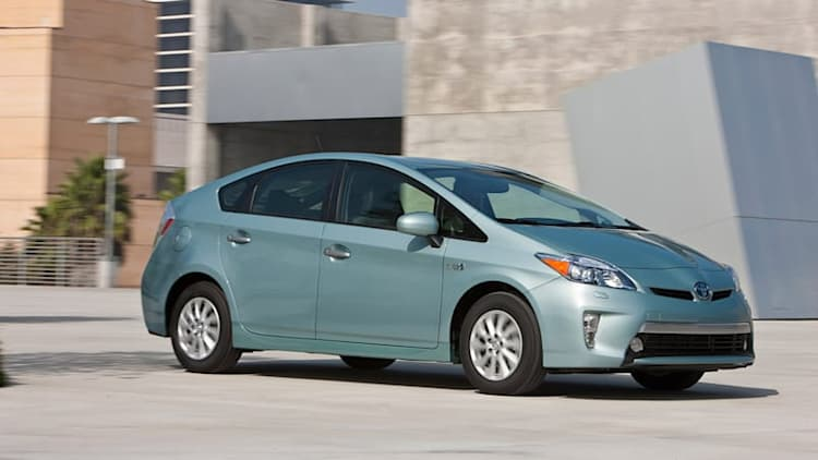 New Toyota Prius PHEV could have 35-mile all-electric range [UPDATE]